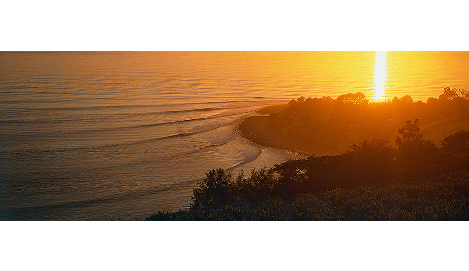 "Rincon. Santa Barbara, California. Photo: <a href=\""http://www.joecurren.com\"" target=_blank>Joe Curren</a>"