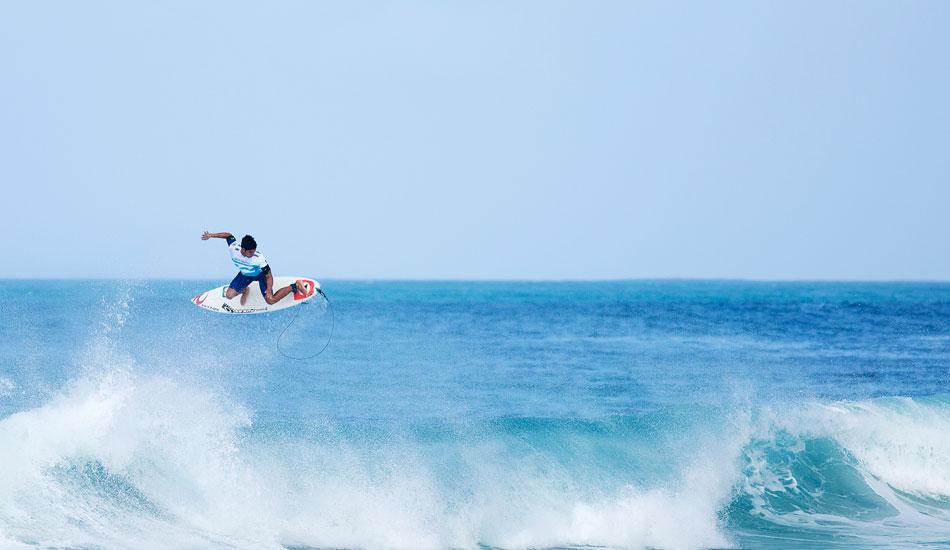 """Gabriel Medina, air drying. Photo: <a href=\""""http://mattdunbar.com.au\"""">Matt Dunbar</a>"""