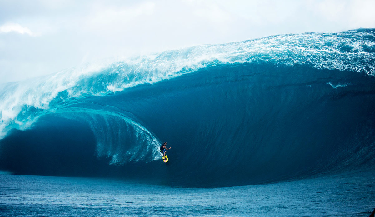 """Teahupoo maxing out. Photo: <a href=\""""http://www.sethderoulet.com\"""">Seth de Roulet</a>"""