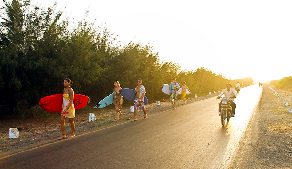 At over 40c (104f) every day, the pre-monsoon heat was brutal. Walking back from the beachbreak took a major effort, although only 20 minutes along the road. Photo: Callahan/SurfExplore