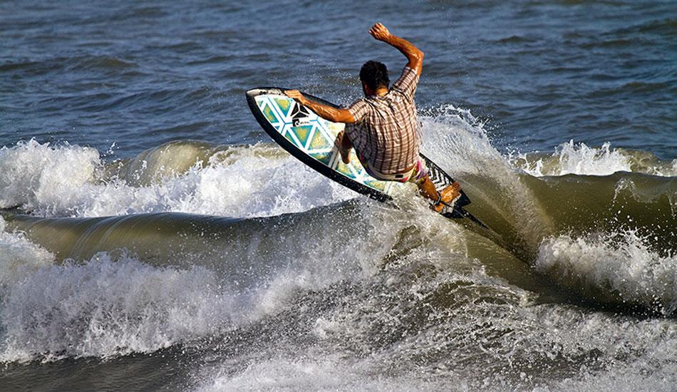 Emi Cataldi works the windswell beachbreak on the incoming tide. Photo: Callahan/SurfExplore