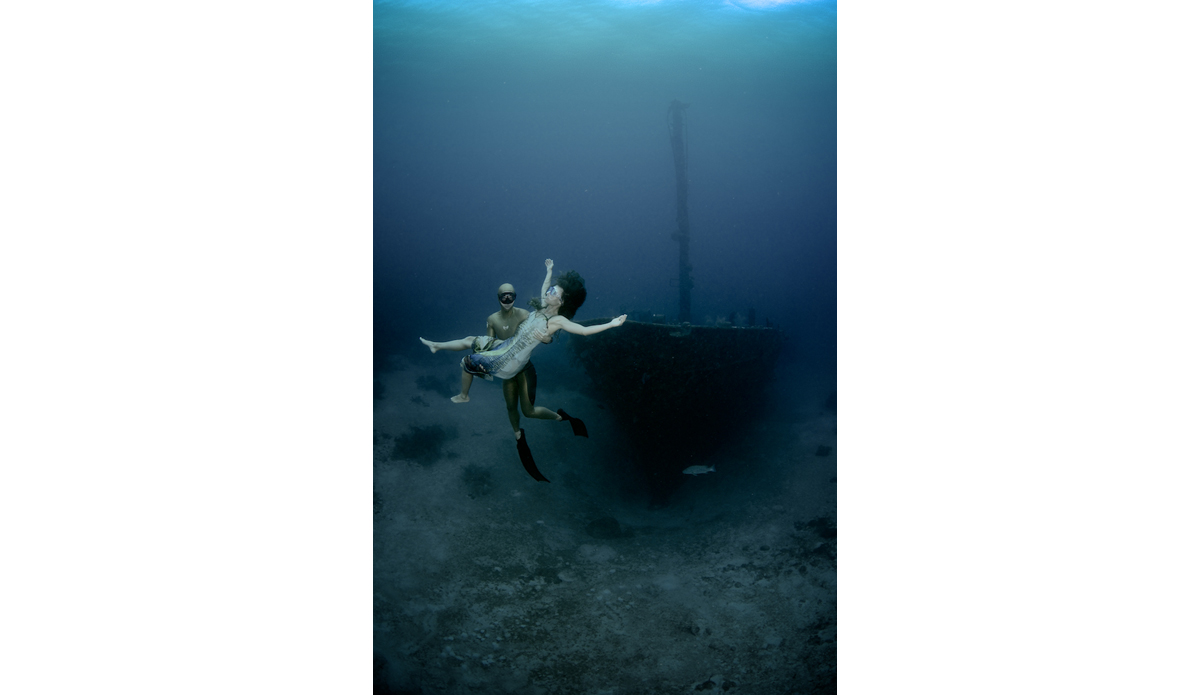 """Alexey Molchanov and Marina Kasankova on the Aguila Wreck after the Caribbean Cup. Photo: <a href=\""""http://liabarrettphotography.com/\"""" target=_blank>Lia Barrett</a>"""
