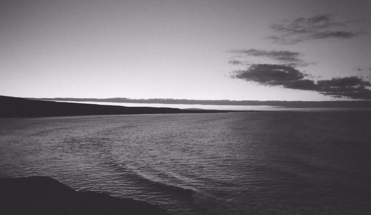 océan noir et blanc