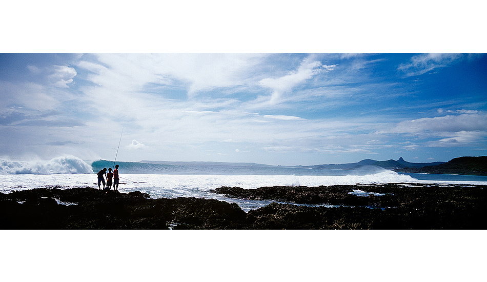 "Boys fishing, typhoon swell. Kenting, Taiwan. Photo: <a href=""http://www.joecurren.com\"" target=_blank>Joe Curren</a>"