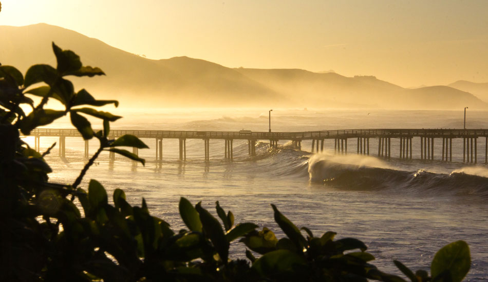 """This is by far one of my favorite place to watch the sunrise. When the waves are good it just makes it all the better... Photo: <a href= \""""http://molyneuxphoto.com/\"""">Jean Paul Molyneux</a>"""