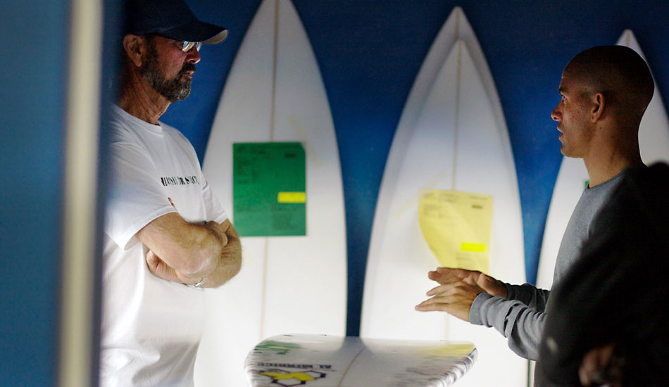 """Al Merrick and Kelly discussing the anatomy of surfboards and what makes them work. Photo: <a href=\""""http://lowtiderising.com/\"""" target=_blank>Aroyan/lowtiderising.com</a>"""
