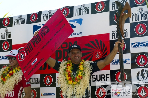 A familiar position. Slater raising the top prize in Fiji.  Photo: ASP