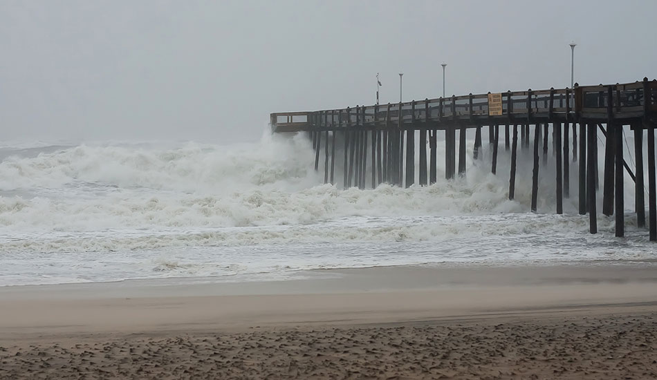 "The Pier holding strong. <b>Photo:</b> <a href=""http://nickdennyphotography.blogspot.ca/\"" target=_blank>Nick Denny</a>"