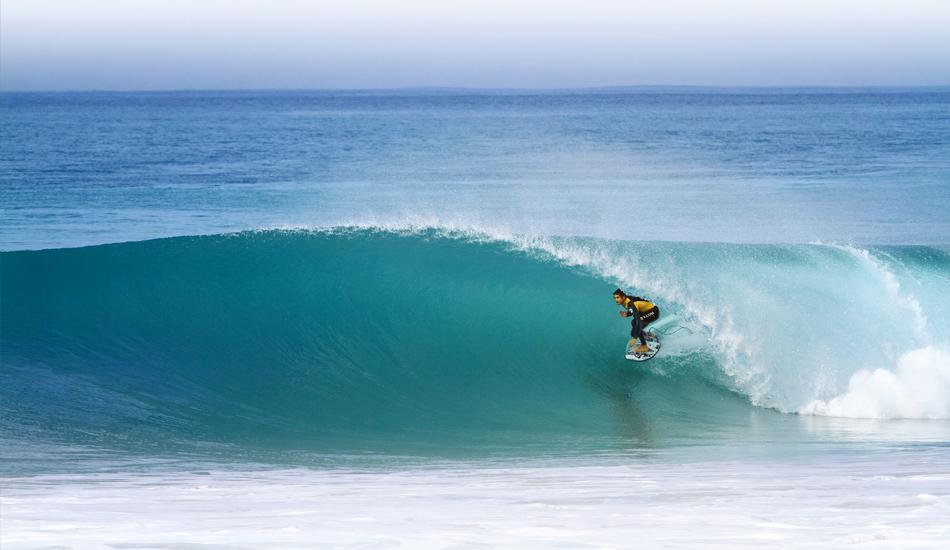 """Indonesia, Australia, California, Hawaii? No, en algún rincón de Andalucia ( Gony Zubizarreta ). Indonesia, Australia, California, Hawaii? No, somewhere in Andalucia (Gony Zubizarreta). Image: <a href=\""""http://lucashoot.blogspot.com\"""">Tozzi</a></em></strong>"""