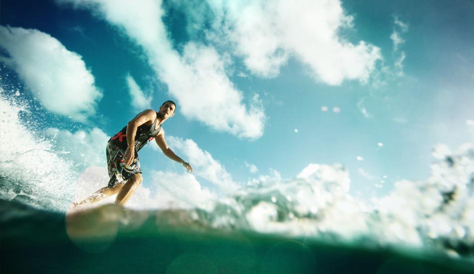 "Esta es la vision que la ola tiene de nosotros Maldivas, sin duda. This is undoubtedly the vision we have of surfing in the Maldives. A beginner\'s paradise.  Image: <a href=\""http://lucashoot.blogspot.com\"">Tozzi</a></em></strong>"