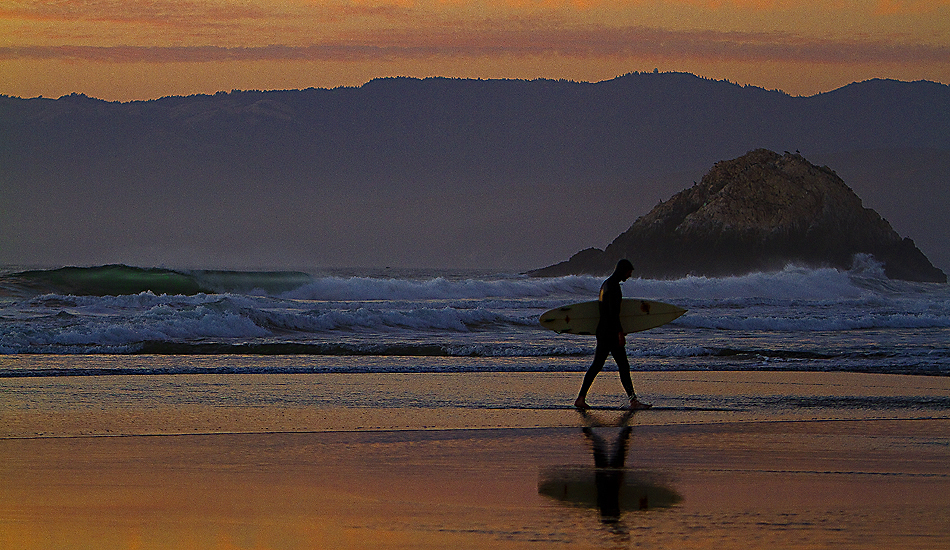 "Indian Summer at Ocean Beach. Should have stayed for just one more wave. Photo: <a href=""http://instagram.com/migdailphoto\""> Seth Migdail</a>"