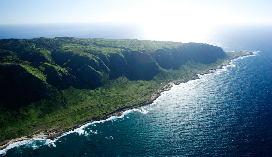 """Kaena Point, looking west into the afternoon sun. Photo: <a href=\""""http://seandavey.com/wordpress/\"""" target=_blank>Sean Davey</a>"""