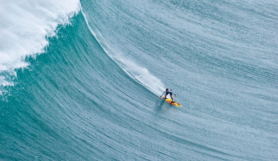 "Makua Rothman tow surfing at Phantoms. Photo: <a href=\""http://seandavey.com/wordpress/\"" target=_blank>Sean Davey</a>"