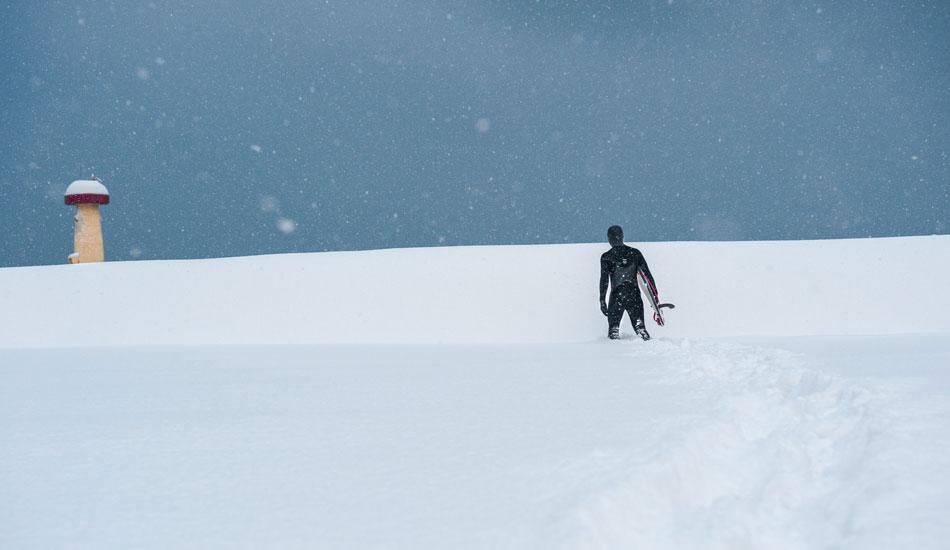 "Snow surf shots never get old. Photo: <a href=\""http://www.shannonaston.com/\"" target=_blank>Shannon Aston</a>."