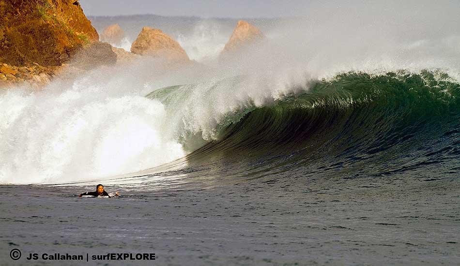 On The Mediterranean Coast Algerian Surf Point Streamer Co Il