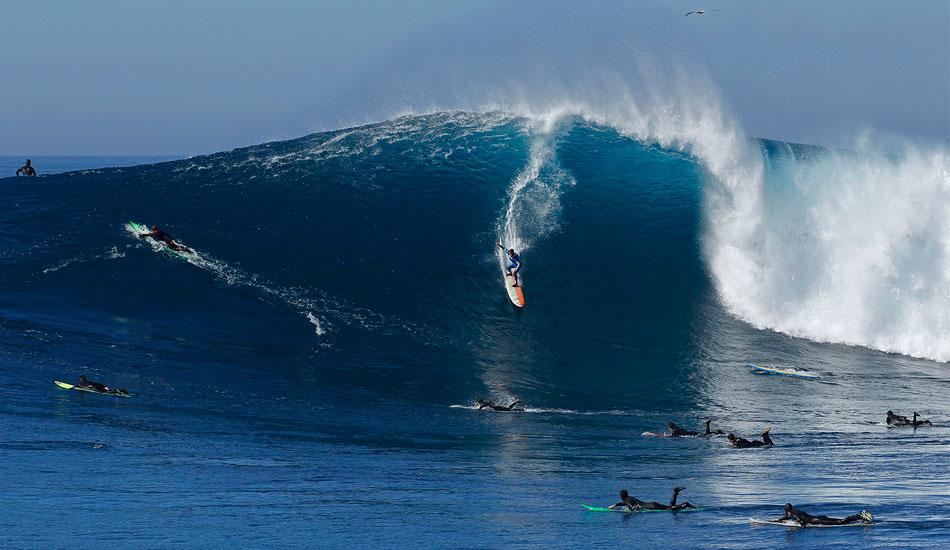 Giant waves felipe ricotta