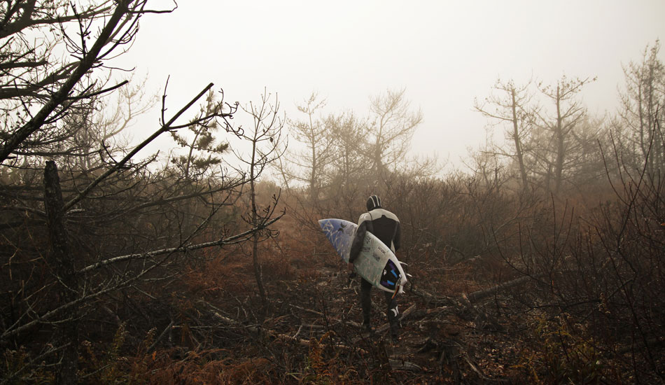 "This is Delmarva standout and good ol\' boy Colin Herlihy cutting through the fog at his homebreak.Photo: <a href=""http://thewildlyfe.com/\"">Eddie Compo/TheWildLyfe</a>"