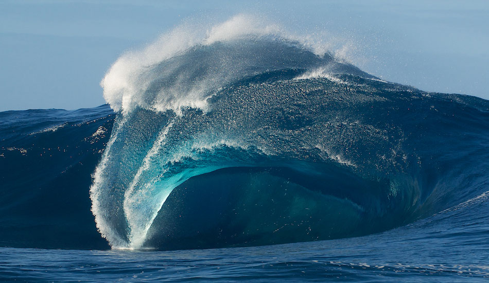 These Waves Could Kill You 26 Gigantic Barrels The Inertia
