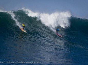 Keala Kennelly Wins the First-Ever Big Wave Surfing Contest at Nelscott Reef in Oregon
