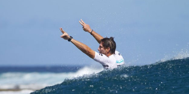 Andy Irons Wins Billabong Pro Tahiti 2010