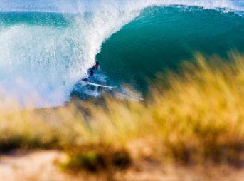 Aritz Aranburu Surfing Barrels