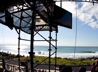 The scaffolding at Jeffreys Bay.
