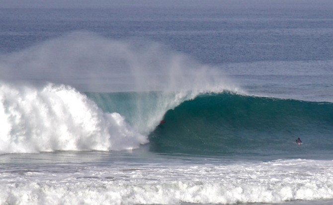 Offshore wind blowing into the barrel of a plunging breaker. Photo: Courtesy of Swell Lines Magazine