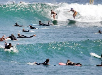 A UCLA researcher says this is likely the first time in history a surfer has gone to a crowded break and not mentioned how crowded it is. Photo: Shetler