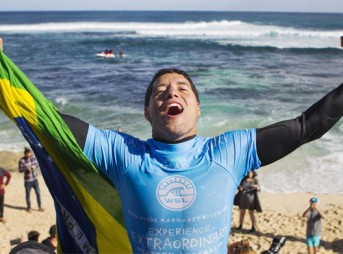 Current Jeep Ranking Leader, Adriano de Souza, will be looking to further his lead in front of his hometown crowd. Photo: WSL