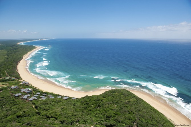Birds eye view of WHite Peal Resort in Mozambique - good surf, beautiful beach, warm, blue water... What more does your family need?