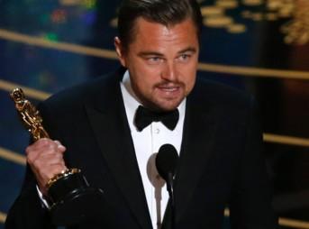 academy-awards-leonardo-dicaptro-wins-best-actor-for-revenant