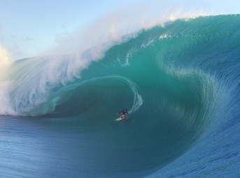 Keala Kennelly at Teahupo'o, Tahiti. Photo: McKenna