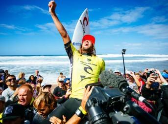 Matt Wilkinson, victorious. Photo: WSL/Ed Sloane