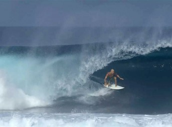 Whatever happens with Kelly's competitive career, it's surfing like this that makes him a legend–that and the 11 world titles, of course. The king is dead. Long live the king!