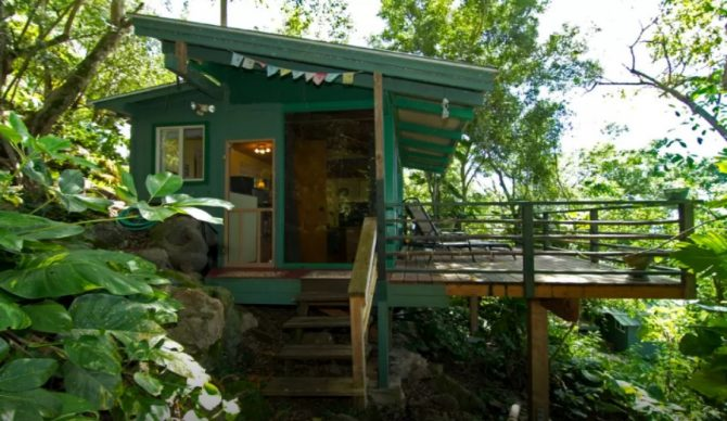 If Sunset is firing, this Airbnb-listed, jungle-ensconced tiny home might be worth the price tag.