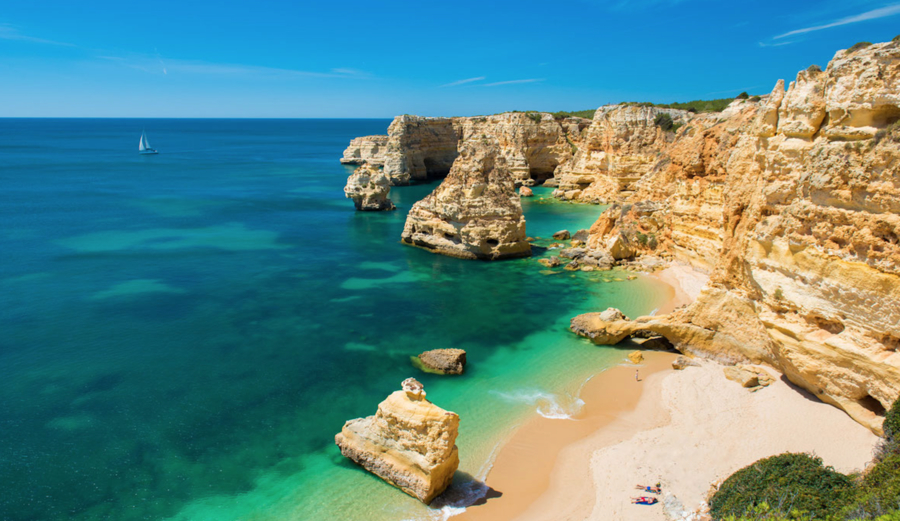 This beautiful coastline in Algarve, Portugal is under threat by the dangers associated with oil exploration and production. Photo: CreativeCommons
