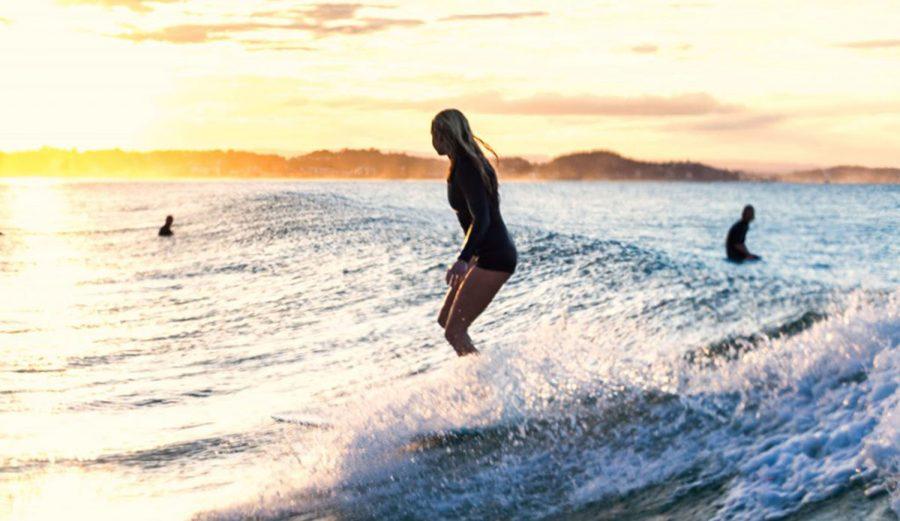 Longboard girl kirra brenton de rooy