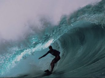 It's almost 4 minutes of the most insane drops the North Shore has to offer.