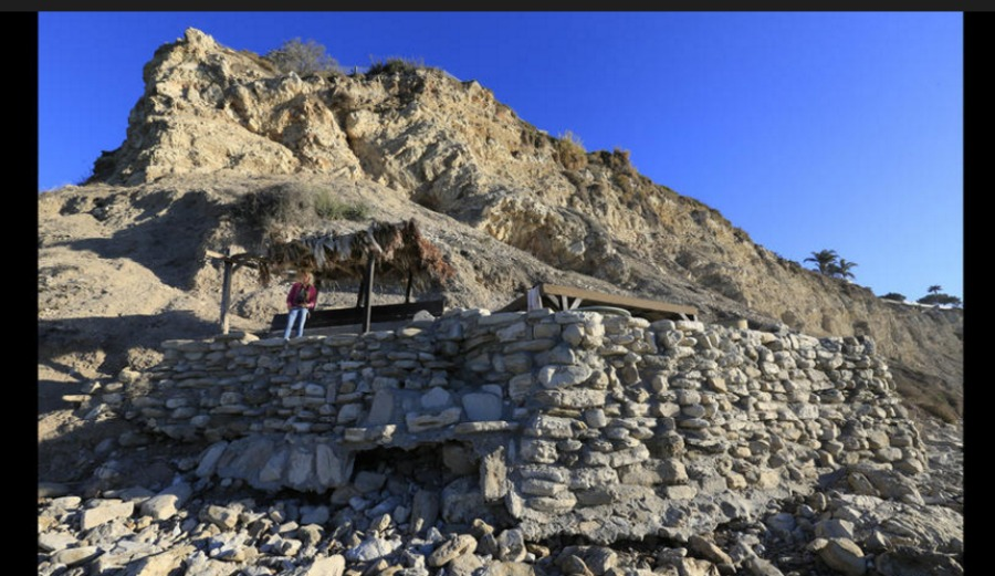 The stone fort at Lunada Bay, is set to be demolished. Photo: LA Times
