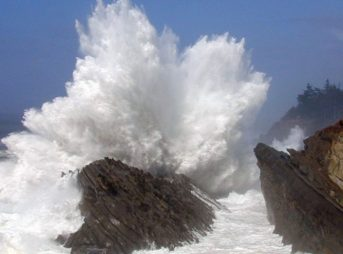 Huge waves battered the Oregon coast on Saturday, destroying cars, condos, and sending one woman to the hospital. Photo: Oregon Institute of Marine Biology