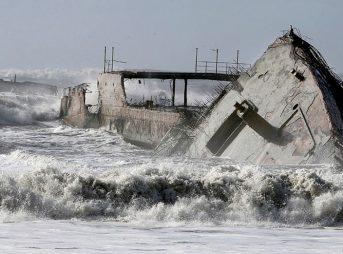 The historic SS Palo Alto has been broken to bits by massive waves. Photo: Kevin Johnson/Santa Cruz Sentinel