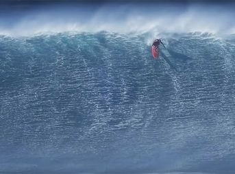 Most people don't go left at Jaws. For good reason, too.