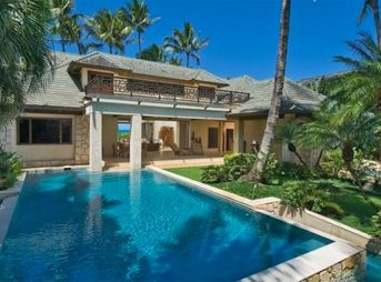 With seven bedrooms and five bathrooms, Kelly Slater's Haleiwa estate sits on 23,889 square feet of beach front land and has 101 feet of beach frontage.