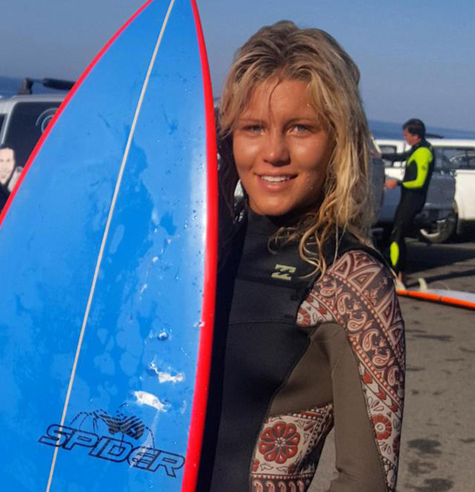 13-year-old Zoe Steyn narrowly escaped a shark attack in South Africa. Photo: Veaudry