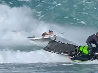 Jordy Smith decided to take matters into his own hands when a jet ski pilot in France turned tail.