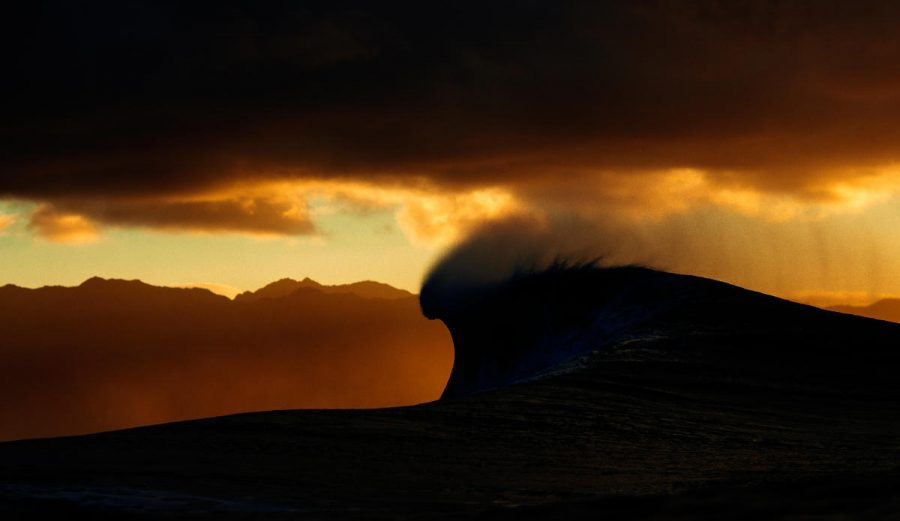 An apocalyptic looking Pipeline. Photo: WSL/Ed Sloane