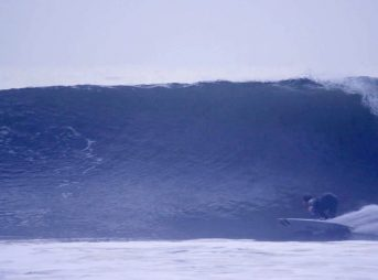 Rincon bottom turn. Image: Kevin Welti
