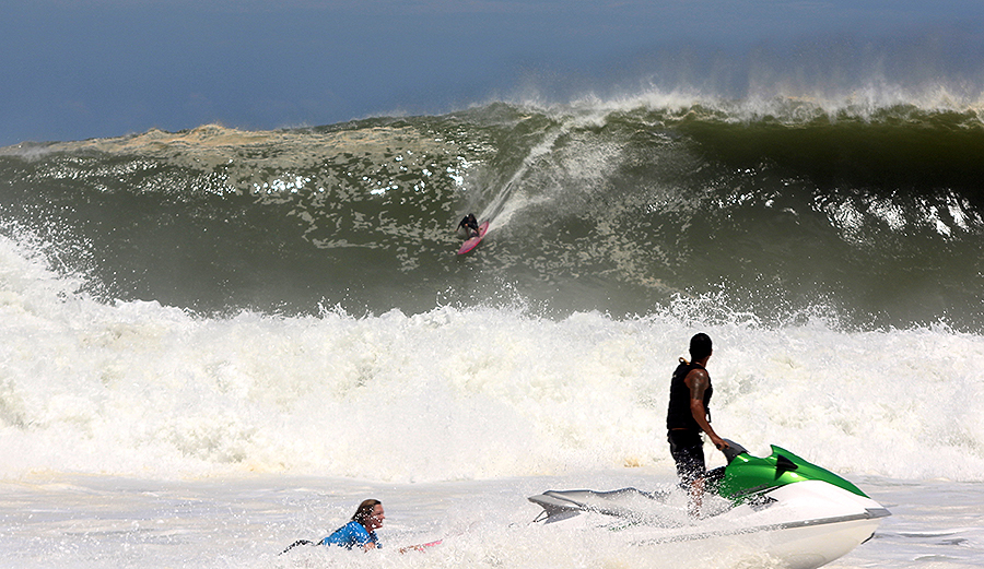 The Puerto Escondido Cup Was a Massive Step Toward Gender Equality in Big Wave Surfing