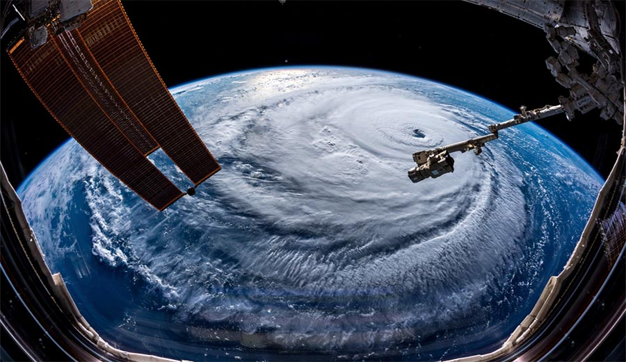These Photos of Hurricane Florence From Space Are Mind ...