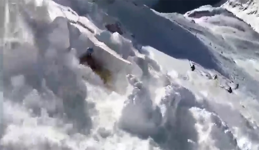 This Inbounds Avalanche at St. Anton, Austria Is the Stuff of Nightmares